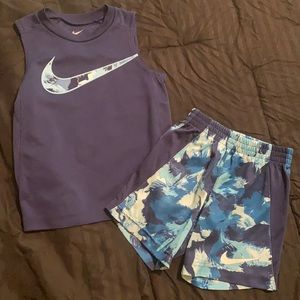 Nike Boys 3-4 years old Outfit